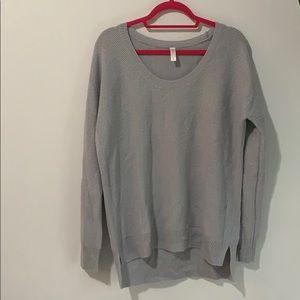 Light grey gap knit sweater